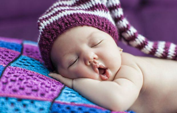 4 greseli pe care parintii le fac cand vine vorba despre somnul copiilor. Le recunosti?