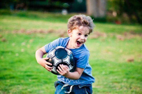 Cum iti ajuti copilul astmatic sa faca sport