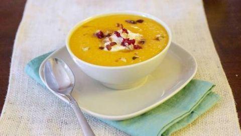 Dieta cu supa de dovleac: slabesti 4 kilograme in doua saptamani