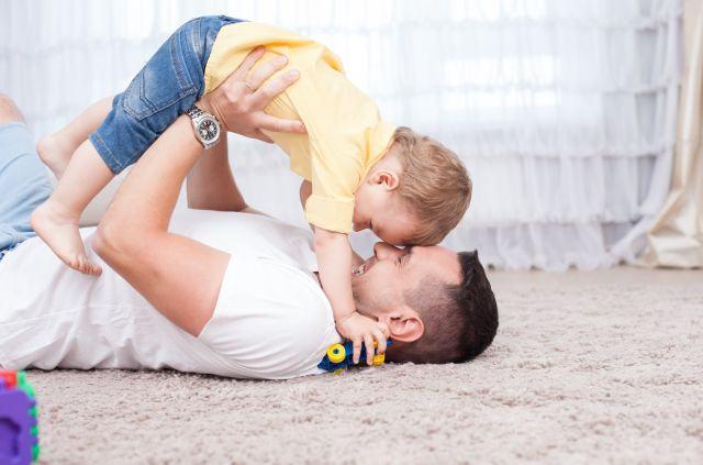 7 lectii de viata pe care doar un tata le poate oferi fiului sau