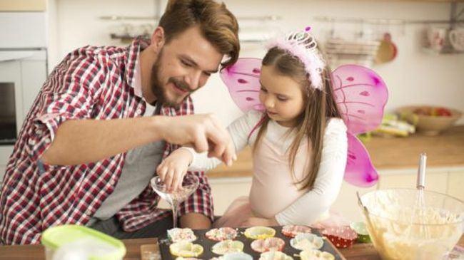 Un tata nu ajuta mama sa aiba grija de copil, ci pur si simplu ESTE tata