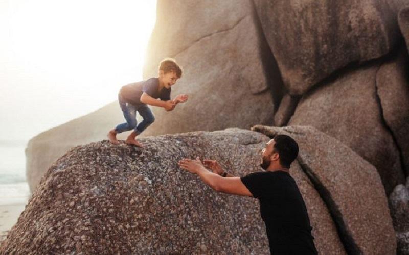 Lucrurile pe care un copil are nevoie sa le stie de la tatal sau pana la varsta de 10 ani