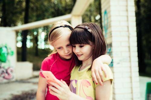 Copilul tau este dependent de jocurile video? Afla cum poti stabili limitele