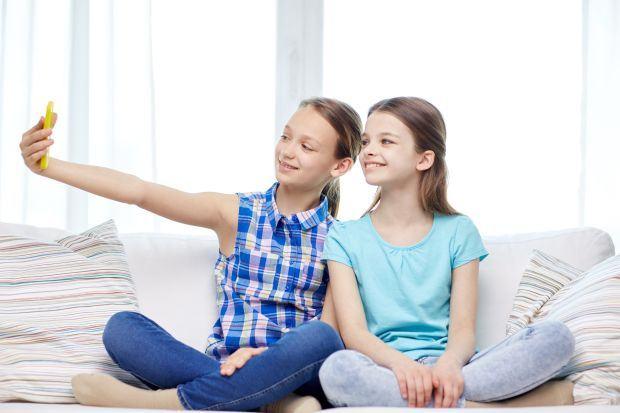 Reguli de folosire a telefonului mobil la copii si adolescenti
