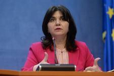 Monica Anisie ANUNTA ca scolile pot ramane INCHISE si in septembrie