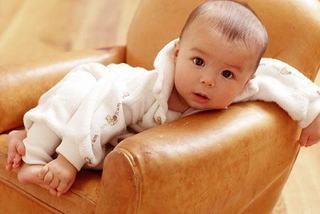 Bebelusul la 10 luni