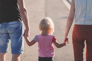 Alocatii copii 2020. Copiii ar putea primi vouchere in loc de alocatii: E un sistem folosit în SUA și Finlanda