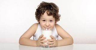 Rolul laptelui in alimentatie copilului
