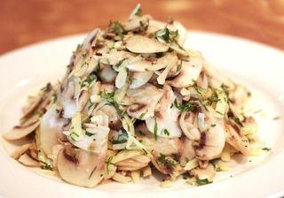 Salata de ciuperci