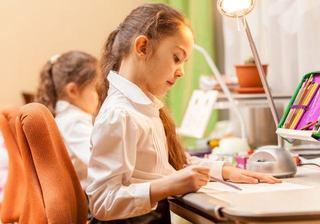 Ce sa faci si ce sa nu faci pentru a-ti determina copilul sa aiba succes la scoala
