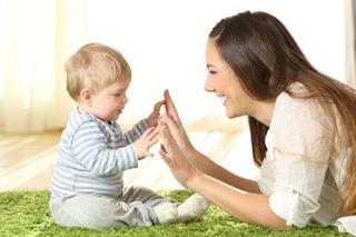 Cum se dezvolta bebelusul in primele 6 luni de viata