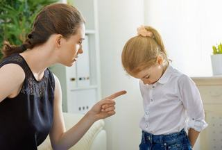7 trucuri simple pentru a corecta comportamentul nepotrivit al copilului