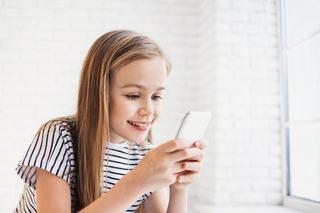 Generatia smart. Cat de dependenti au devenit copiii de smartphone-uri si ce efecte au acestea asupra lor