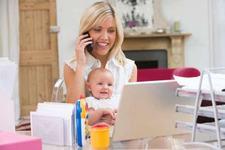 Mamele si dependenta de internet
