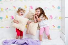 De la copil la copil: cum scapam de ora de culcare?