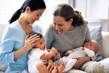 Cum sa-ti incurajezi prietenele mamici