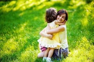 7 lucruri care te emotioneaza cand esti mama, dar nu exista cuvinte care sa le explice