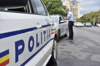 """Ce """"sanctiune"""" au primit politistii care au privit nepasatori o copila plina de sange"""