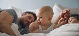 CE este REGRESIA de somn si CUM il AFECTEAZA pe copil?
