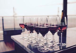 11 idei sa folosesti vinul care nu s-a baut