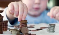 Alocatii 2019. Copiii vor primi mai multi bani din luna mai