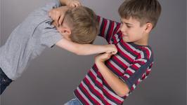 Agresivitatea la copiii mici. Care sunt cauzele si cum o gestionam