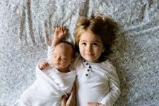 De ce sora ta mai mare este una dintre cele mai importante persoane din viata ta