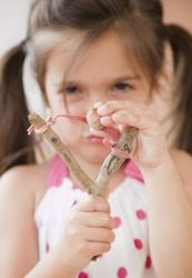 Bisfenolul A, cauza a agresivitatii, anxietatii si depresiei la fetite