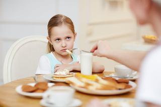 """Am o fiica care mananca foarte prost si sunt disperata"""