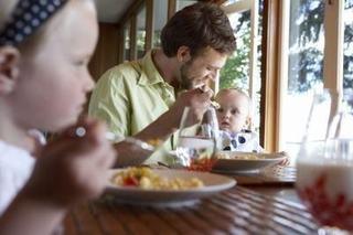 Masa la restaurant cand ai un bebelus