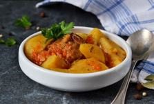 Tocanita de cartofi cu carne