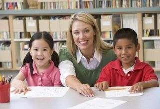 Ce pot face acasa pentru a-l ajuta pe cel mic sa reuseasca la scoala?