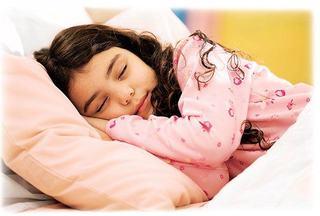 La ce ora ar trebui sa doarma copiii care merg la gradinita sau la scoala