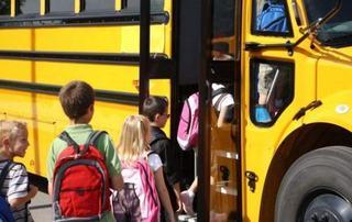 Ce trebuie sa faca elevii pentru a beneficia de gratuitate pe transportul in comun