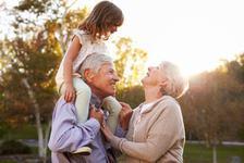 8 moduri prin care bunicii aduc magie in viata copilului tau