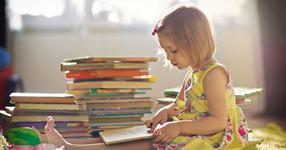 7 activitati simple pe care copilul e bine sa le aiba