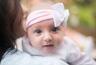Importanta educatiei emotionale in primele luni de viata! Cum cum sa-ti stimulezi copilul inca de la nastere