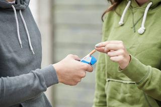 Cum sa vorbesti cu copilul tau despre fumat