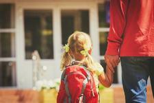 Copilului ii este frica de scoala! Ce e de facut?
