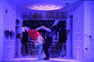 Spectacolul Kiki si Bozola Festivalul International de Teatru pentru Copii The Magic Curtain din Bulgaria