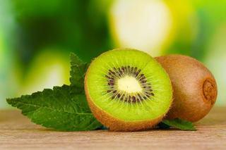 Cand introducem kiwi in alimentatia copilului