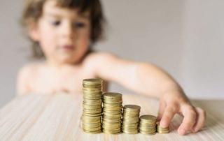 Se mai maresc alocatiile pentru copii? Explicatiile ministrului Finantelor