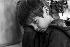Ce se intampla in sufletul copiilor neiubiti. Lipsa de afectiune are consecinte grave
