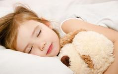 Somnul profund la copii: 10 reguli pentru o odihna corespunzatoare