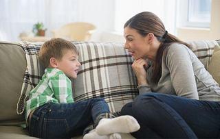 Cum vorbesti cu copilul tau despre terorism