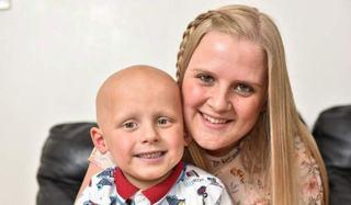 O mama a jucat la jocurile de noroc banii donati pentru tratamentul fiului sau bolnav