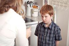 5 atitudini care slabesc legatura ta cu copilul