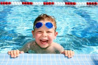Ce efect are piscina asupra vederii copiilor