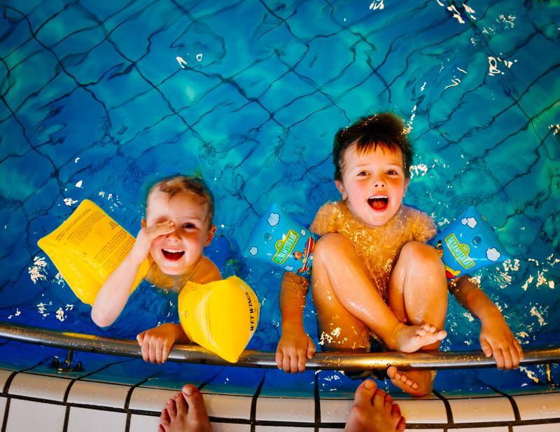 Pericolul de inec la piscina. Cum il poti preveni