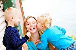 Esti prea tanara pentru a deveni mama?